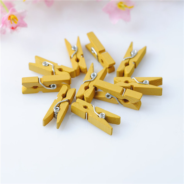 Mini wooden photo paper clothespin wooden alligator clips for Small alligator clips for crafts