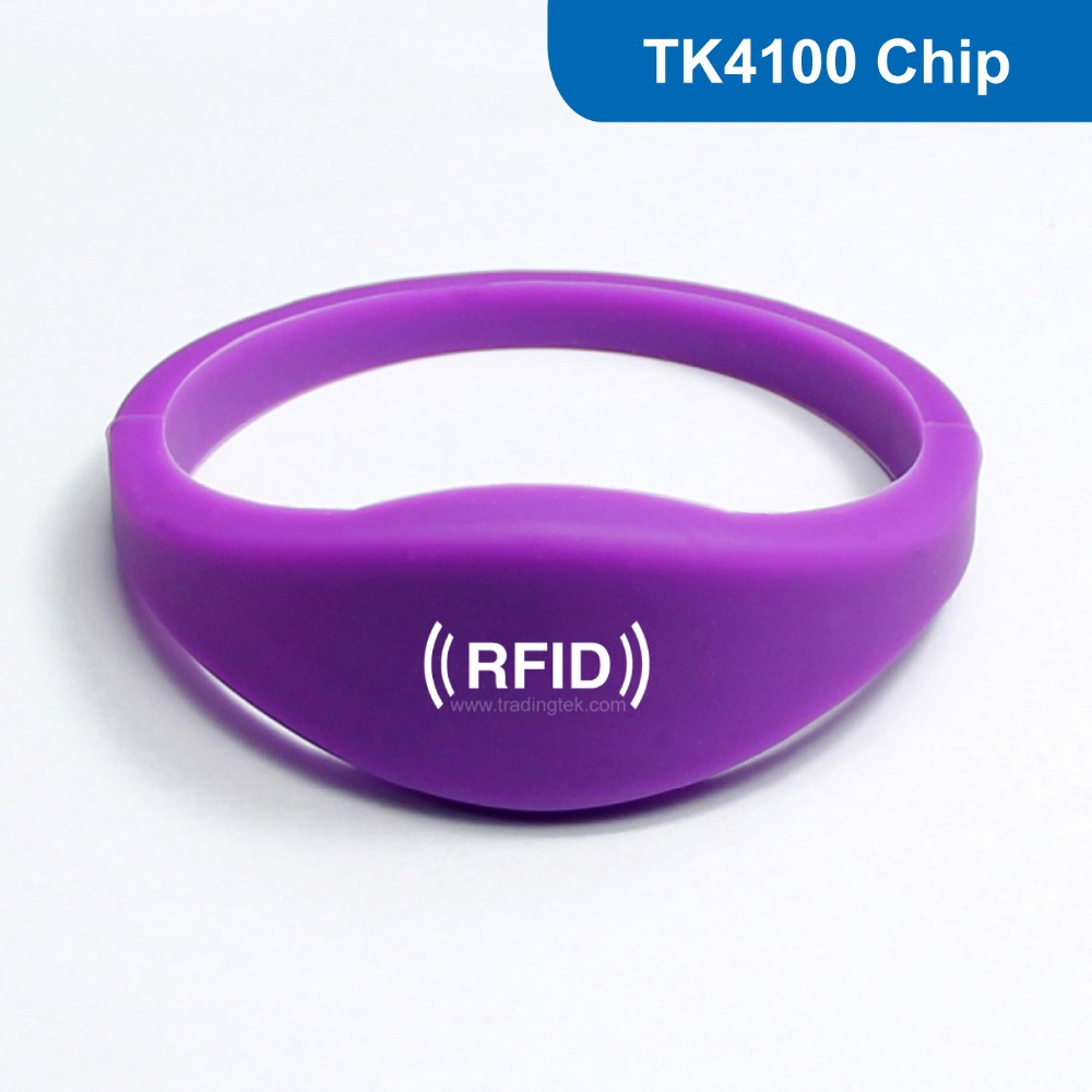Flexible Watch Style Silicone RFID Wristband with TK4100 for Water park and swimming pool Free Shipping<br><br>Aliexpress
