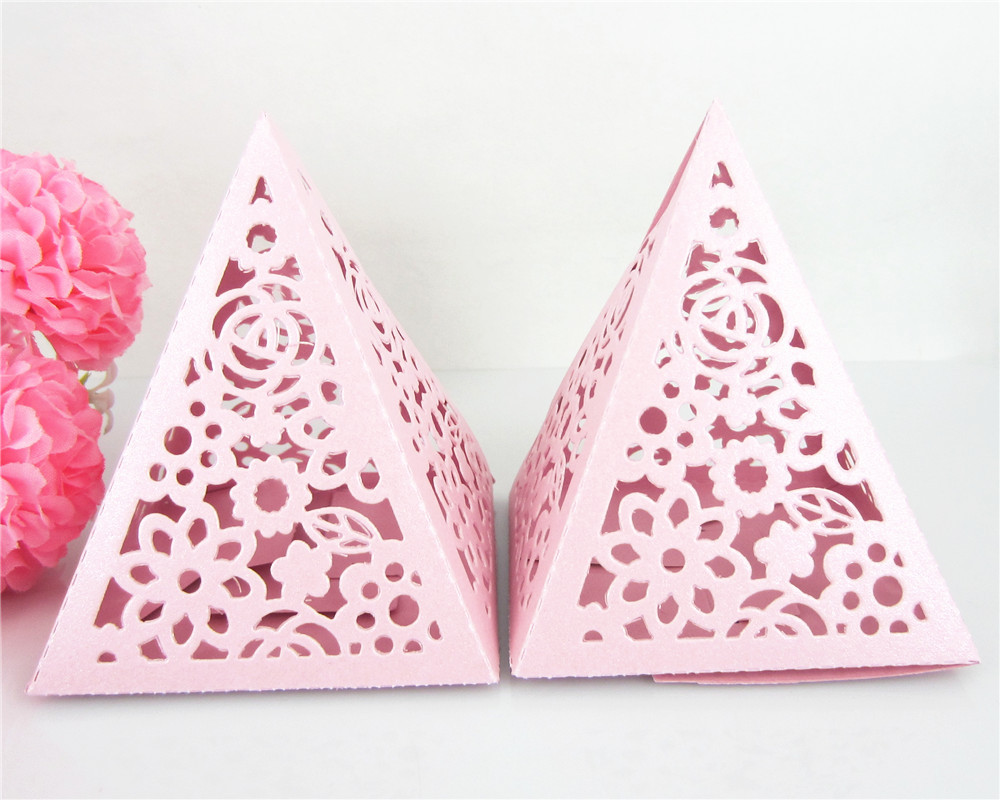 Free Shipping 12pcs Hollow Flower Pattern Wedding Favors Box Candy Gift Box For Part Decoration DIY(China (Mainland))