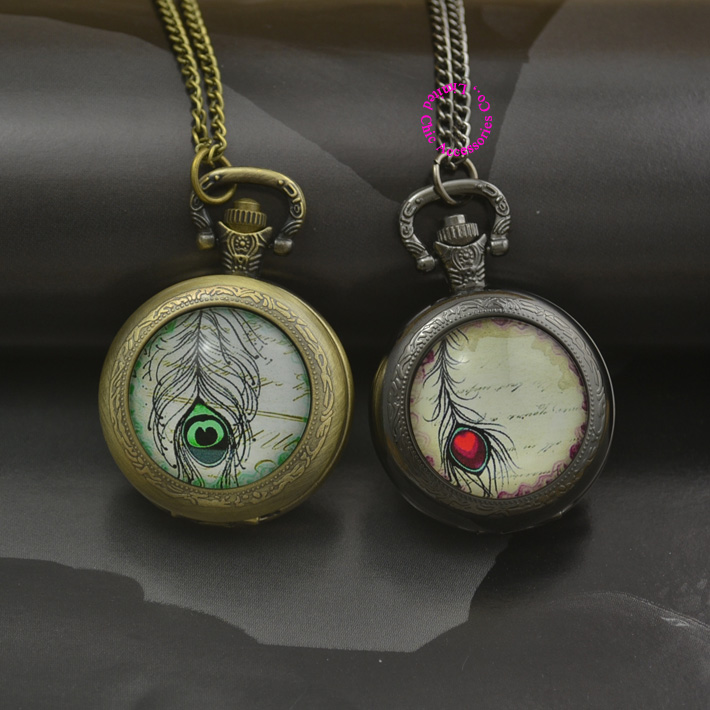 fashion red green peacock feather quartz pocket watch necklace woman fob watches bronze round convex lens glass picture 2016 new(China (Mainland))