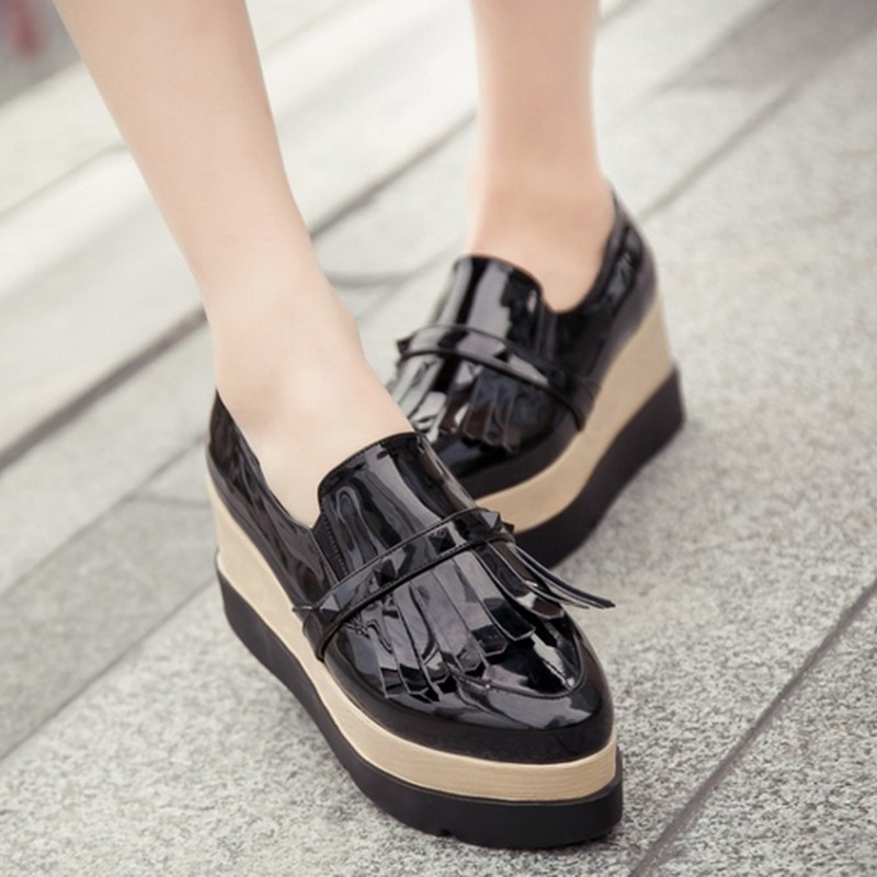 2016 New Arrival Woman Elegant Pointed Toe Flat With Leisure Shoes Sexy Casual Elastic Band Platform Charming Show Woman Pumps