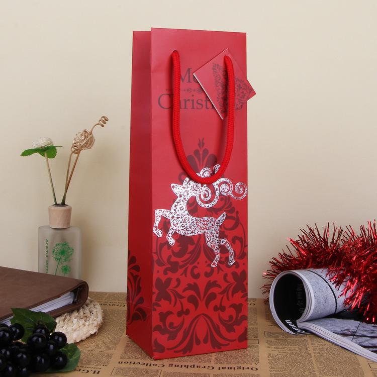 Merry Christmas Red Paper Gift Bag Assorted Portable Art Decor Hand Bag Christmas Gift Packing Wrap SD799(China (Mainland))