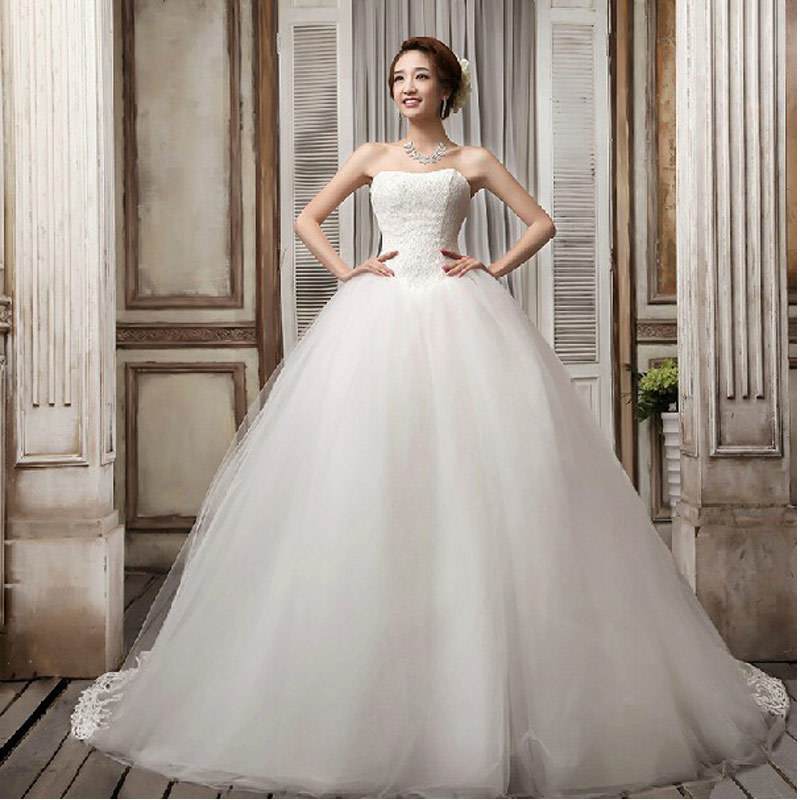 long trailing sweetheart wedding dresses lace wedding gowns court