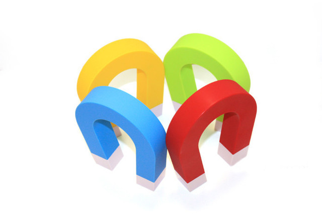 4 Pcs/lot Hot Sale Magnet Strong Magnetic Horseshoe U Wall Mounted Hanging Key Holder Free Shipping