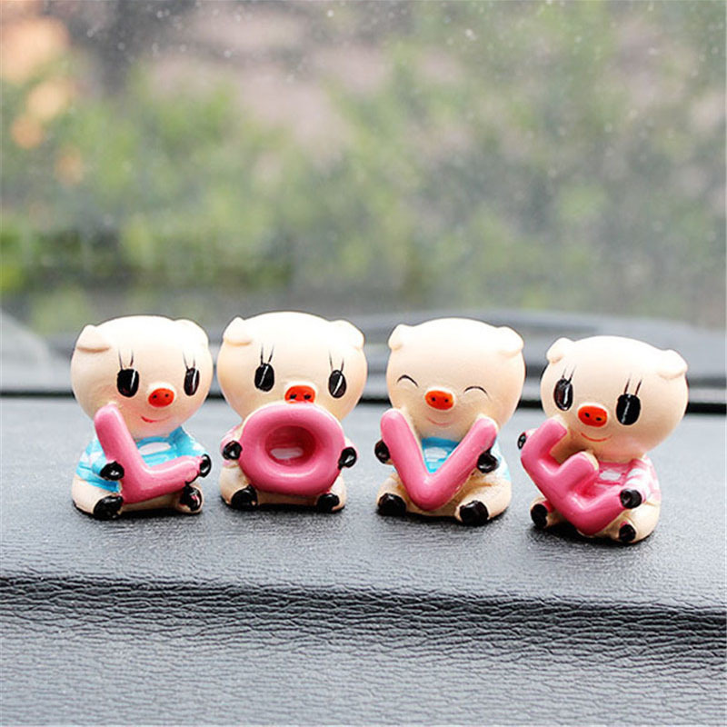"4PCS Car Interior Decoration Ornament Auto Supplier ""LOVE"" Lovely Pig Auto Resin Couple Doll Car Accessories For Gifts(China (Mainland))"