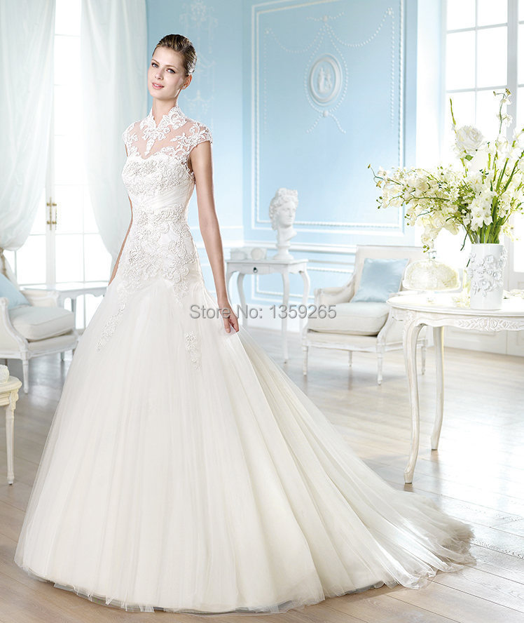 Cut out back 2015 princess style wedding dresses lace for Princess cut wedding dresses