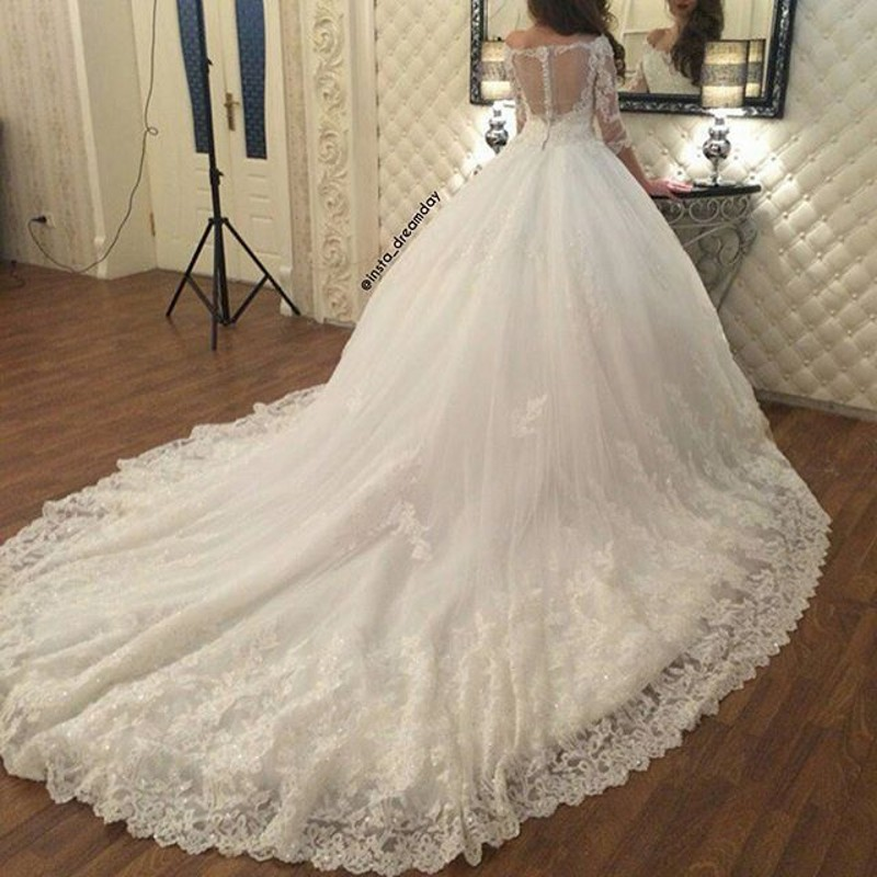 Court Train Luxury Wedding Dress See Though Back Sexy Robe De Mariee Appliques Lace Sequin Elegant Bridal Dresses 2016(China (Mainland))