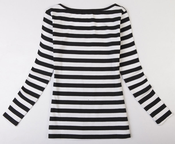Womens black and white striped shirt is shirt for Black and white striped long sleeve shirt women