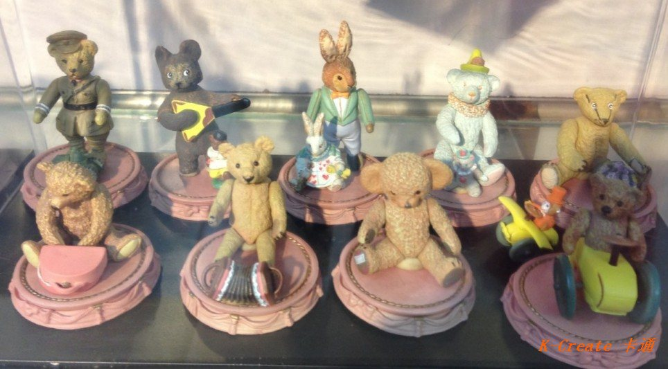 9pcs pvc Teddy Bear action figure toy tall 6cm set.Free shipping 9pcs/set newest arrival on May.(China (Mainland))