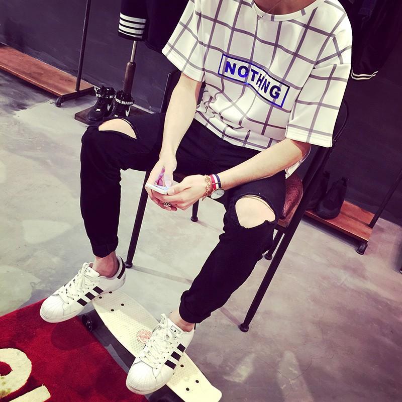 Скидки на Рваные джинсы для мужчин тощий Проблемные байкер джинсы уличной хабар бренд белый черный дизайнер kanye высокое качество модный бренд