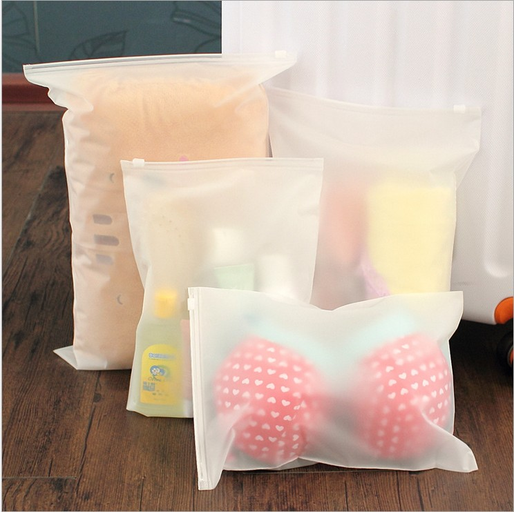 2016 New Vacuum travel Bag 4pcs Transparent Border Foldable Extra Large Compressed Organizer Storage Bags Saving Space Seal(China (Mainland))