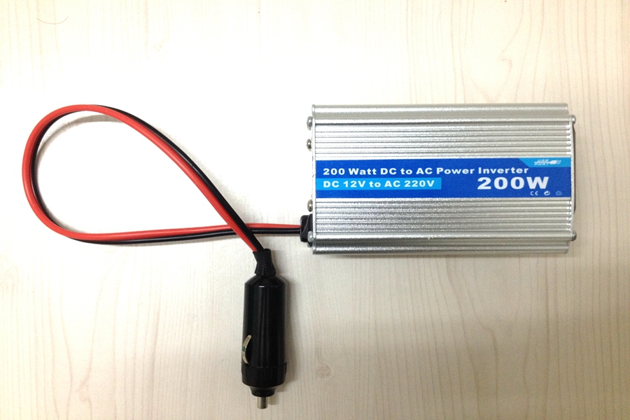 car power inverter 200W 12V 220W with USB car charger Modified sine wave(China (Mainland))