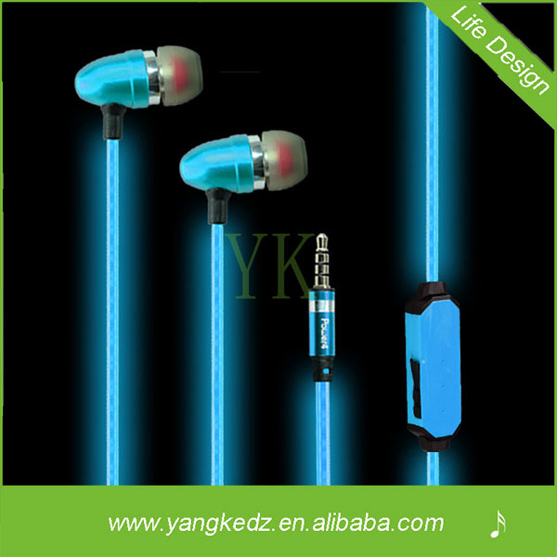 2015 Newly Flash Colorful Shiny Gleamy Glowing Earphones Headphones For Mobile Iphone6/5c/SUMSING/HTC/MI4/ media Player/MP34(China (Mainland))