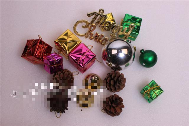 Christmas Balls Suit Snowman Gift Box Bell Tree Decoration Supplies Ornaments Suit As Gift Gifts And Decorations Bulk #sd034(China (Mainland))
