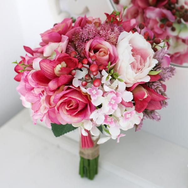 Здесь можно купить  New Arrival Fabric Flowers Bridal/Bridesmaids Bouquet, High Simulation Red Roses Berry Eustoma ,Wedding Home Decoration  Дом и Сад