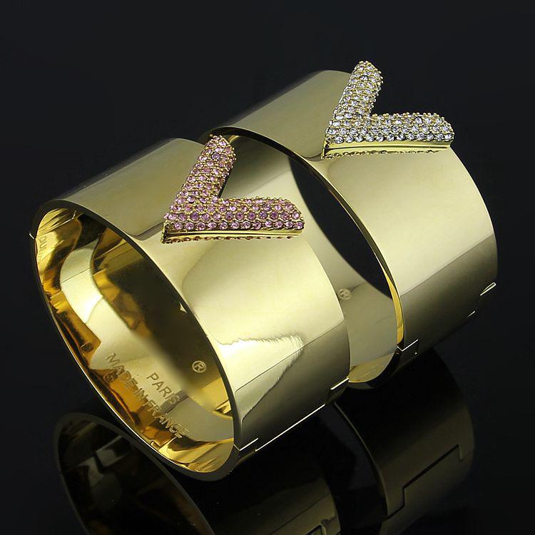 2016 fashion jewelry 18k gold plated stainless steel V shape rhinestones bangle cdc bracelets for women(China (Mainland))