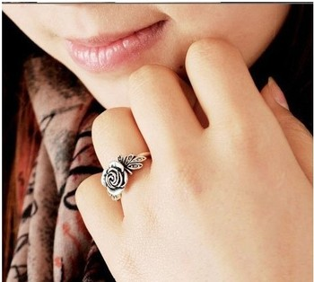 R011  New Design Lovely Rose Rings Jewelry wholesale!!! Factory Direct Sales Freeshipping!