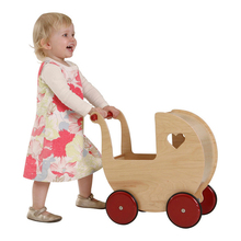 Baby Walker Cart Wooden Ride Toys Doll Pram Naturale 42*44*25cm 1-2Y Heart Pattern First Step Car for Kids Ride on Gift(China (Mainland))