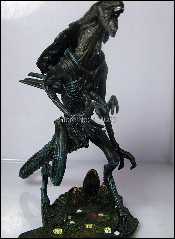 Winstartoy Alien vs Predator figure Alien Queen GK Collection figure H20CM(China (Mainland))
