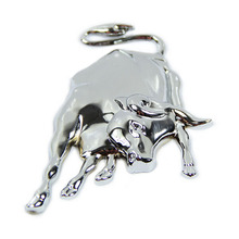 1pCS Creative Fashion 3D Three-Dimensional Metal Bull Personality Car Styling Body Stickers Silver Gold CT2028