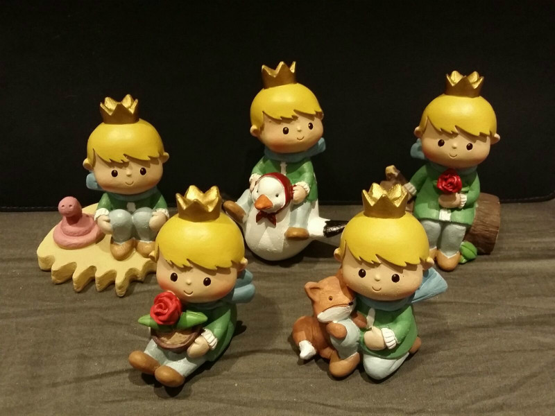 5PCS Mini Adorable Little Prince Rose Fox Story Simulation Desktop Resin Crafts Home Store Deocration Ornament Gift Photo Prop(China (Mainland))