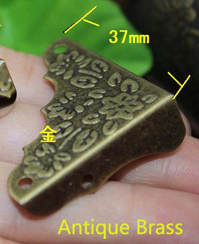 8pcs 37mm Decorative Antique Brass Jewelry Chest Wine Gift Box Wood Table Picture FrameCorner Brackets +Screws(China (Mainland))