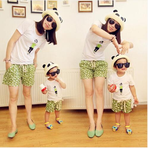 Лето семья соответствующие наряды одежда одежда мать и дочь короткий рукав футболки + шорты комплект