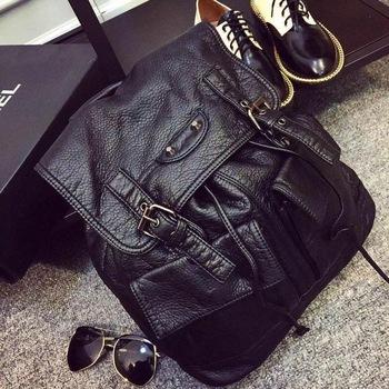 2015 New Fashion Small Women's Backpack Women Sweet Pu Leather Backpack Femme Washed Womenfolk Rucksack Girls Students Shool Bag