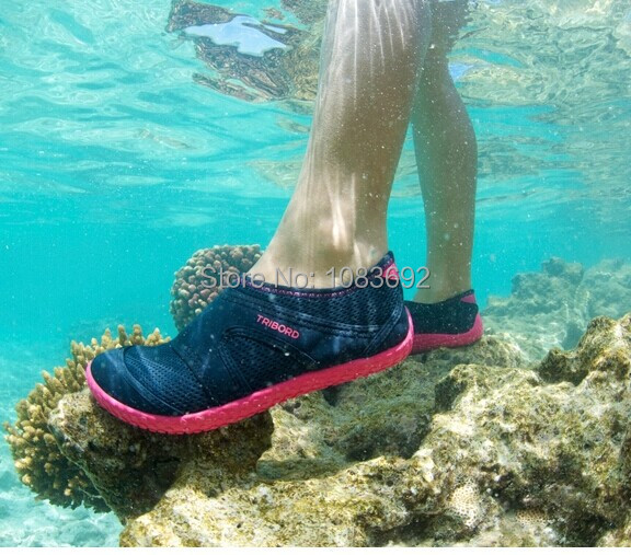New product manufacturers selling sandals slippers wading diving shoes swimming shoes sandals for men and women 33-49(China (Mainland))