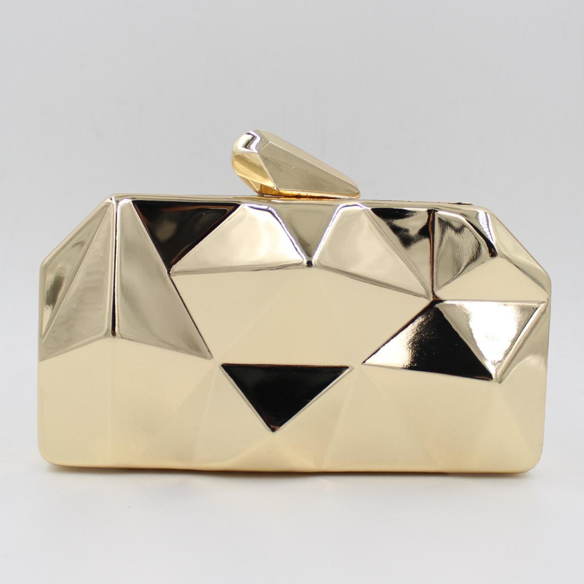 2016 Limited Leather Handbags Bolsa Feminina New European High-grade Diamond Supply Tin Dinner Bag Are Irregular Hand Wholesale(China (Mainland))