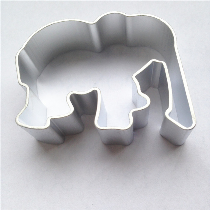 Elephant Cutter For Cake Decorating : Kitchen Elephant Shaped DIY Cookies Mold Cutter Animal ...