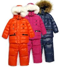 XT-124, 2014 Children's Winter Clothing Set Boy's Ski Suit Kid Sport Sets Windproof Warm Winter 2pcs Jackets+Suspenders Trousers(China (Mainland))