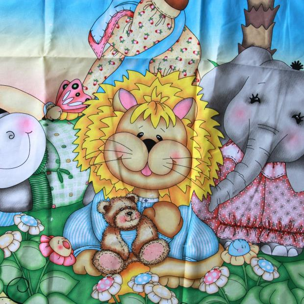 113*92cm 1pc Fabric With Animal Prints 100%Cotton Fabric Telas Patchwork Group Animals Printed Fabric DIY Sewing Baby Clothing(China (Mainland))