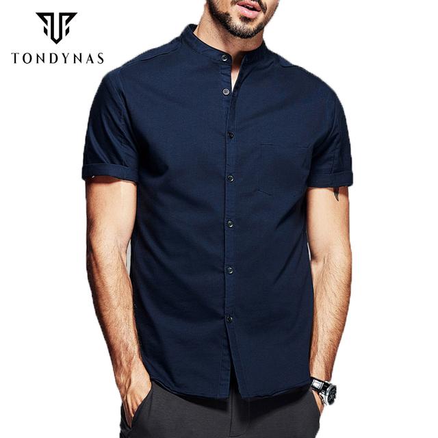 Человек с коротким рукавом рубашки, мужские soild синий вскользь уменьшают рубашки ...