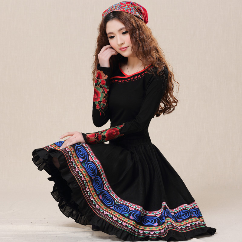 BOHOCHIC Womens Original Design Vintage National 4 Hundred Thousand Needle Embroidery Big Hem Pleated Skirt AZ0044C Boho ChicОдежда и ак�е��уары<br><br><br>Aliexpress