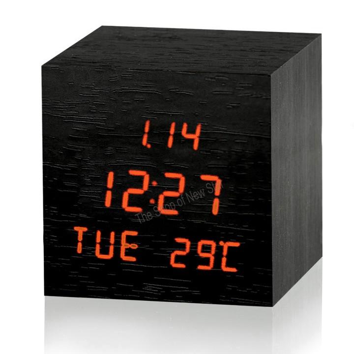 Wood Retro Red LED USB Digital Desk Alarm Clock(China (Mainland))