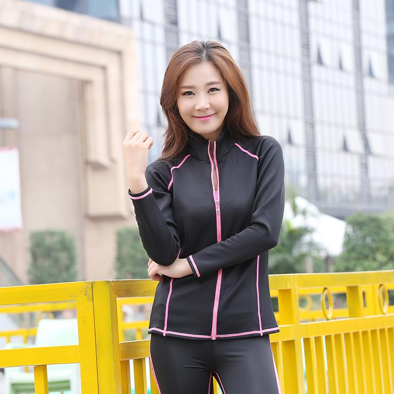 Фотография New Design Women Sport Yoga Set For Gym Running Sportwear Suit Elasticity Fiber Women