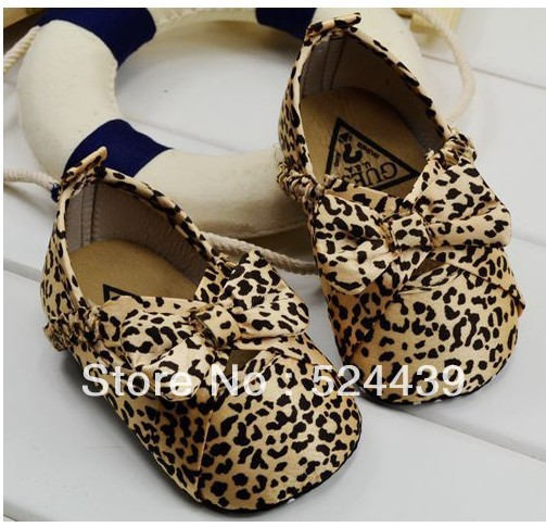 free shipping !Bow leopard baby shoes,foreign trade baby shoes , toddler shoes 3 size to choose prewalker shoes
