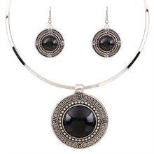 Vintage Carved Round Turqoise Tibetan Silver Woman Necklace Earrings Set TL9144(China (Mainland))