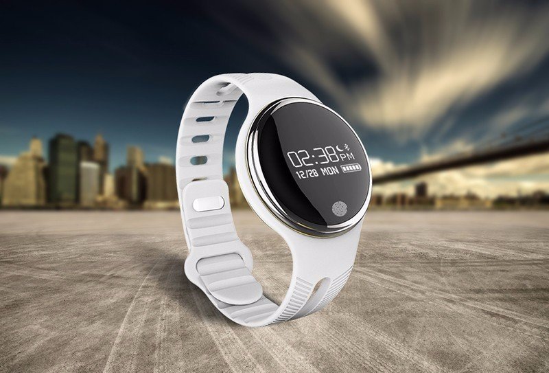 Hot E07 Smart Bluetooth Watch IP67 Swimming Phone&Video&Musin Romote Smartband Pedometer Sport Wrist Fitness Tracker Anti Lost