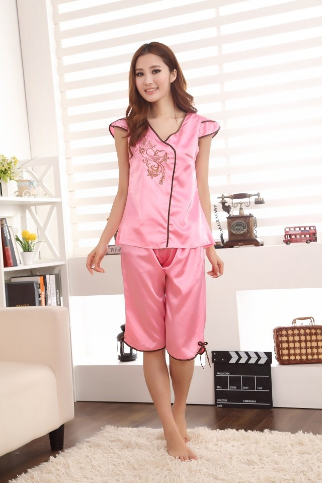 Pijama Women simulation silk Sleeping top shirt + shorts pants Nightgowns short sleeve Sleepwear Women's Pajamas Free Shipping(China (Mainland))