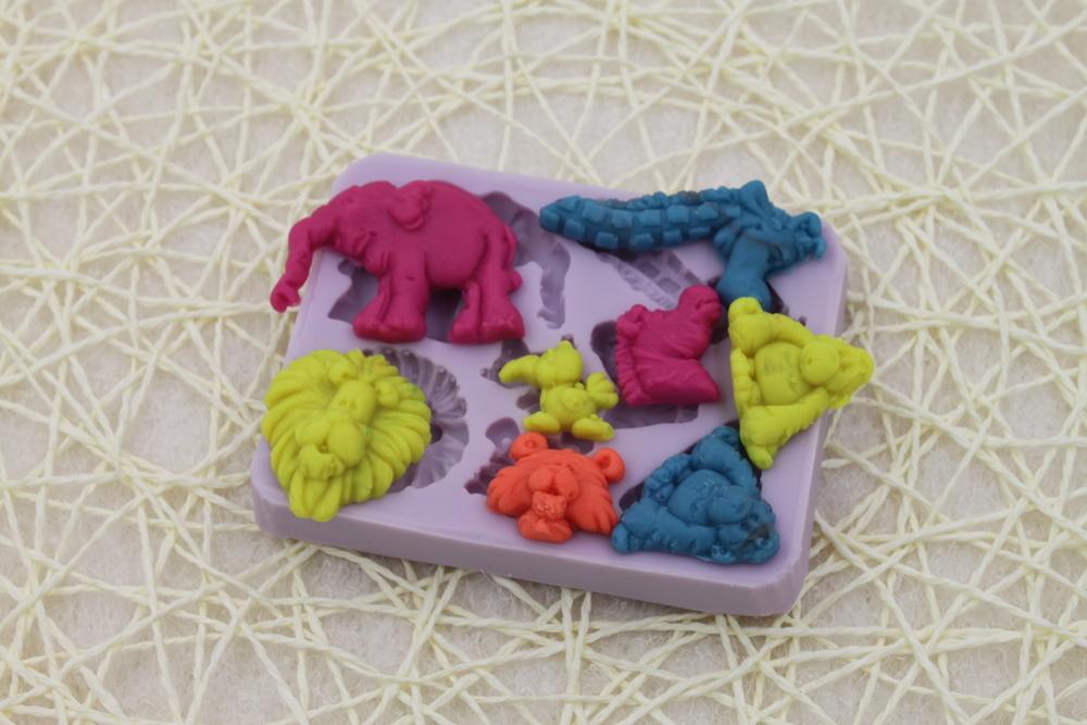 Free Shipping animal shaped Silicone Mold Baking Cake Fondant Sugar Craft Tool Decorating DIY 3D Mould(China (Mainland))
