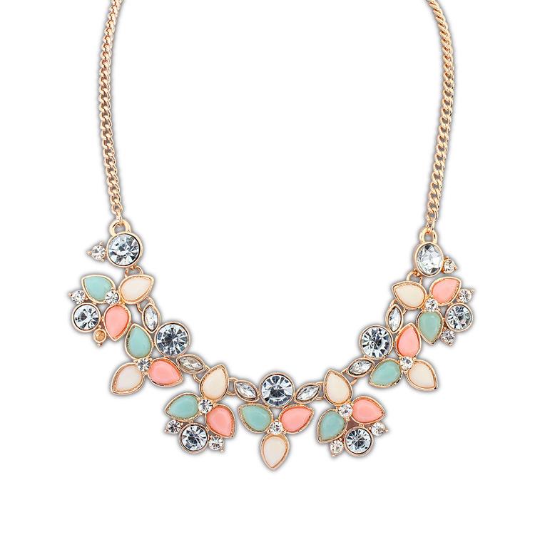 2014 Hot Collier Femme Fashion Leaf Rhinestone Resin Short Women Collar Choker Necklace Statement Jewelry N2175(China (Mainland))