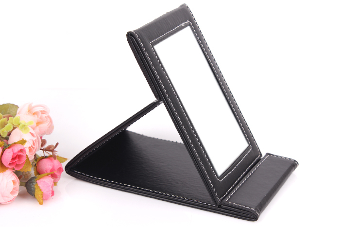 Free shipping Fashional Black color Leather Makeup Mirror Easy to take Travel Makeup Mirror<br><br>Aliexpress