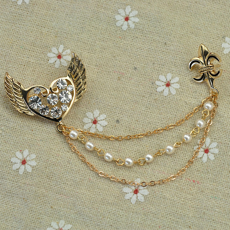 Beautiful Jewelry Broches Wedding Party Female Dress Brooch Heart Angle Wing with Rhinestone Brooches for Women & Men Safe Pin(China (Mainland))