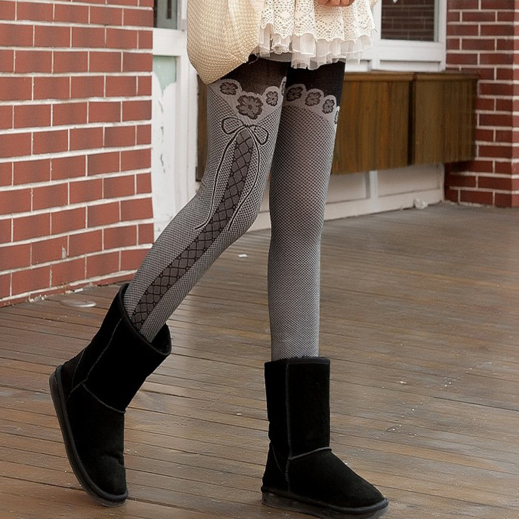 The new winter does not fall down bow nine thick plaid pants warm Leggings wholesale(China (Mainland))
