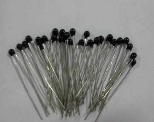 Free shipping 100pcs thermistor 10k ntc thermistor temperature sensor ntc thermistor 3950 5% ntc 10k mf52at(China (Mainland))