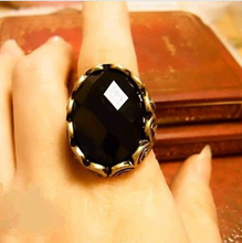 2016 Fashion Vintage Retro Personality Carved Gem Rings Big Black Oval Gem Stone Rings For men C7247(China (Mainland))