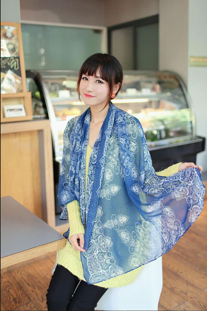 140 35cm 2015 Hot Sale Fashion Autumn Women Elegant Retro Blue and White Chiffon Scarf Print