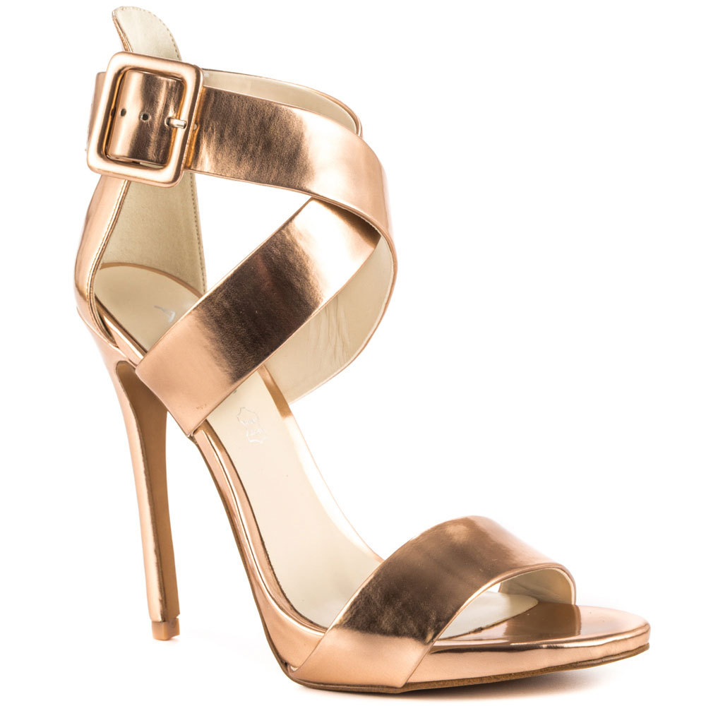 Elegant Fashion Blog For Women Over 40 And Mature Women Blouse  Sandals